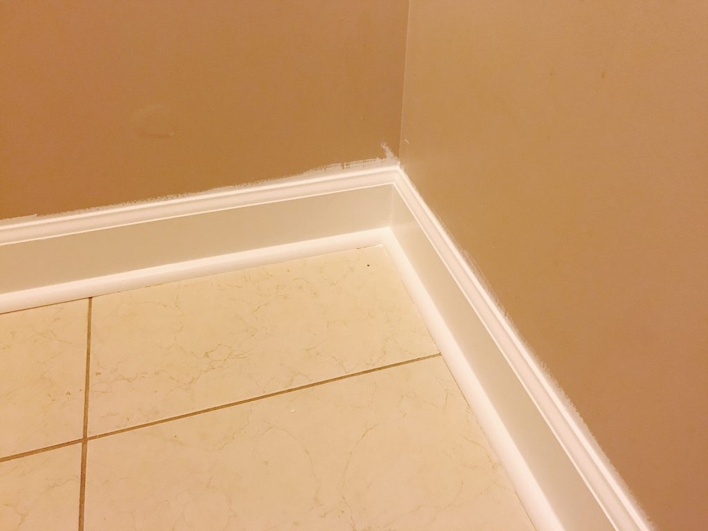 Modern Farmhouse Laundry Room Cabinet Hardware | One Room Challenge Week 3